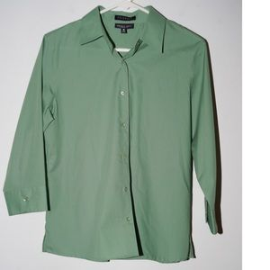 Foxcroft wrinkle free green button down shirt